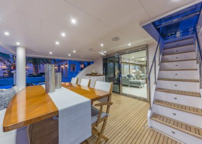 100 Hargrave yacht aft deck dining