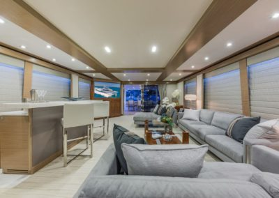 100 Hargrave yacht salon