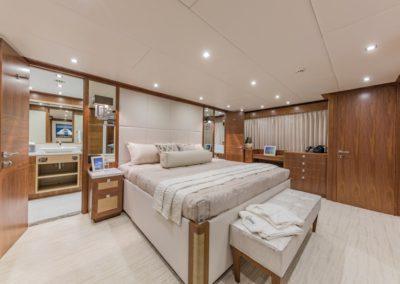 100 Hargrave yacht master stateroom