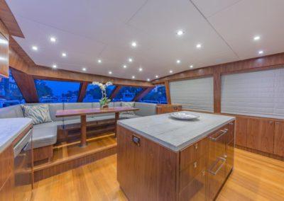 100 Hargrave yacht dinett