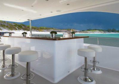116 Hargrave yacht flybridge bar