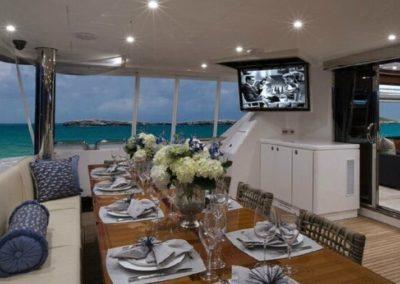 116 Hargrave yacht al fresco dining