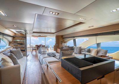 100 Azimut yacht main salon
