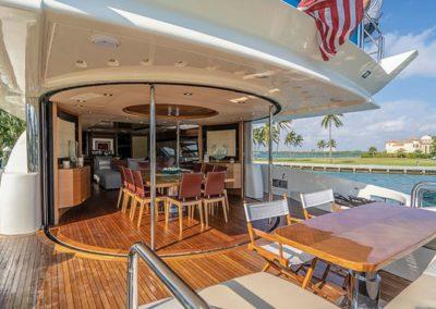 100 Azimut yacht aft deck