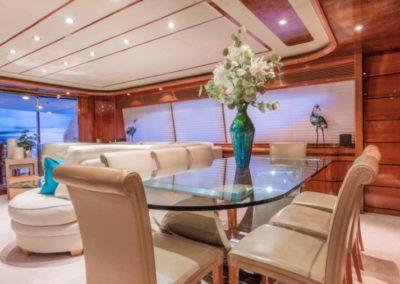 94 Ferretti yacht salon dining