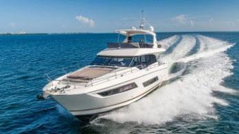 70' Prestige motor yacht