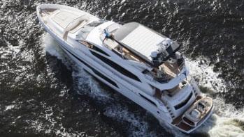 75 Sunseeker motor yacht