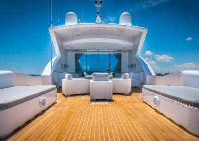 120' Tecnomar yacht deck chairs