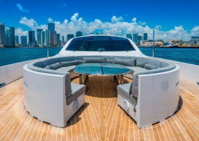 120' Tecnomar yacht bow