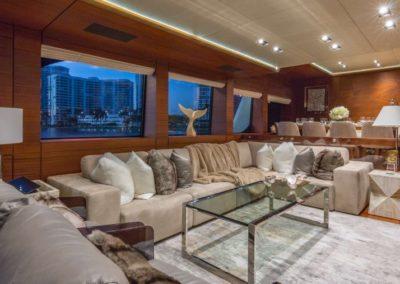 107 Vicem yacht salon