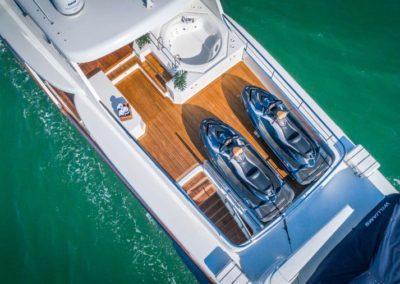 107 Vicem yacht jetskis aft deck