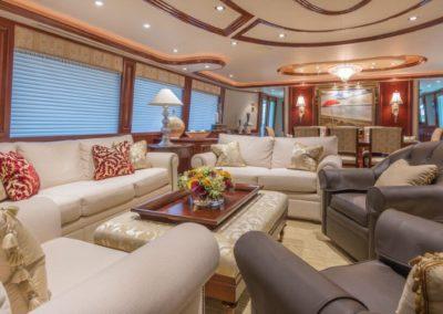 112 Westport yacht main salon lounge