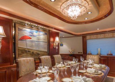 112 Westport yacht main dining