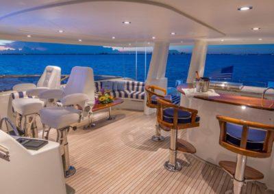 112 Westport yacht flybridge bar