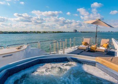102 Azimut yacht flybridge jacuzzi and aft seating