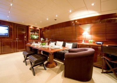 105 Mangusta yacht salon dining and entertainment