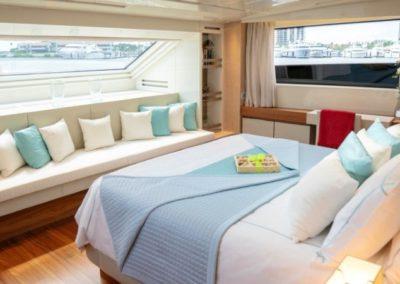 105 San Lorenzo yacht stateroom