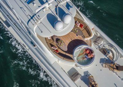 106 Lazzara yacht luxury flybridge