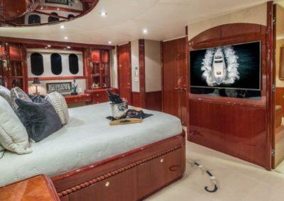 106 Lazzara yacht master stateroom