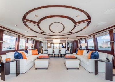 112 Westport luxury yacht salon