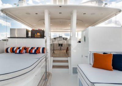 112 Westport yacht flybridge sunpads