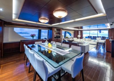 116 Azimut yacht formal dining