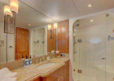 130 Westport yacht guest bathroom