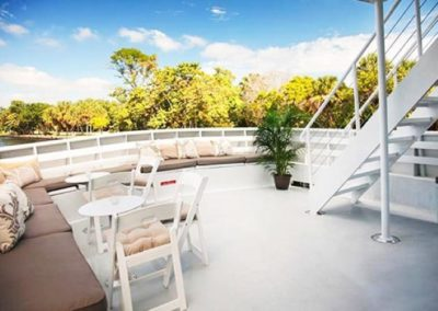131 Swiftship yacht 2nd deck open air lounge