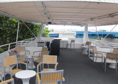 137 Swiftship party yacht upper deck coffe lounge