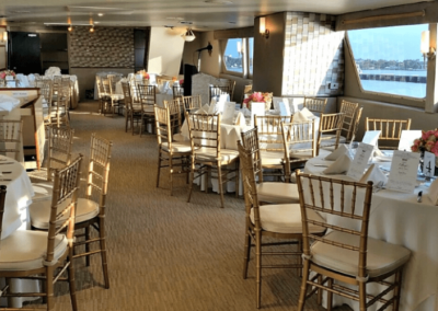 137 Swiftship party yacht event specific dining arrangement