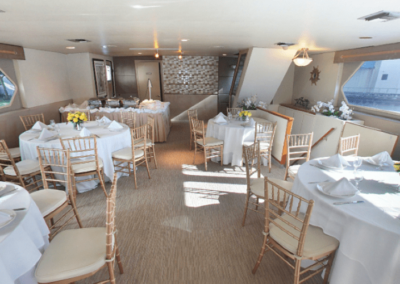 137 Swiftship party yacht event specific dining arrangements