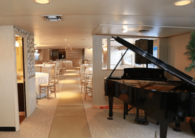 137 Swiftship party yacht grand piano and dining salon