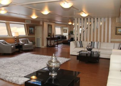 142 Swiftship yacht 2nd deck lounge