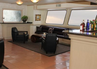 142 Swiftship yacht 2nd deck lounge and open bar