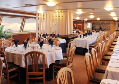 142 Swiftship yacht dining salon