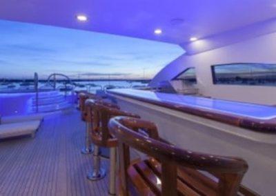 164 Trinity luxury yacht flybridge bar