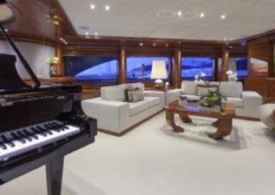 164 Trinity yacht main salon