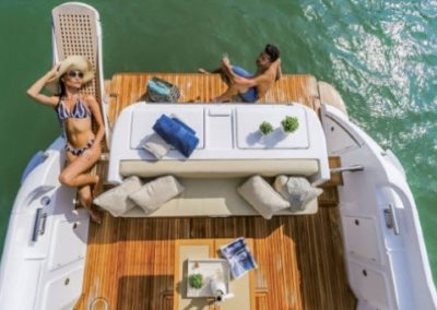 42 Azimut yacht aft deck seating
