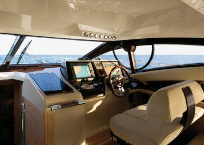 48 Azimut yacht helm