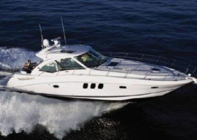 48 Searay yacht on charter in Miami