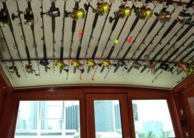 51 Hatteras sportfish yacht fishing rods