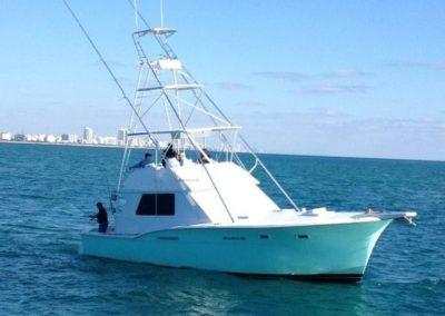 51 Hatteras Miami charter sportfish yacht