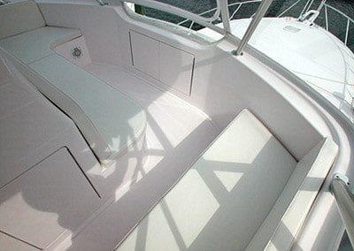 52 Viking sportfish yacht flybridge seating