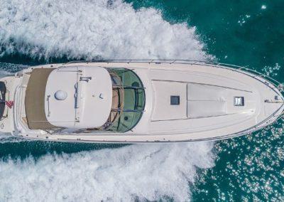 54 Searay yacht cruising