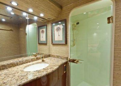 55 Viking sportfish yacht master bathroom