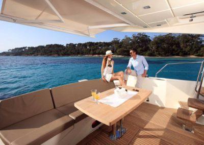 56 Prestige yacht aft deck