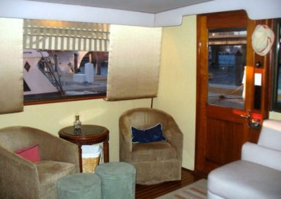 60 Hatteras sportfish charter yacht salon