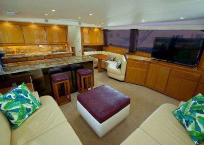 60 Viking sportfish yacht salon
