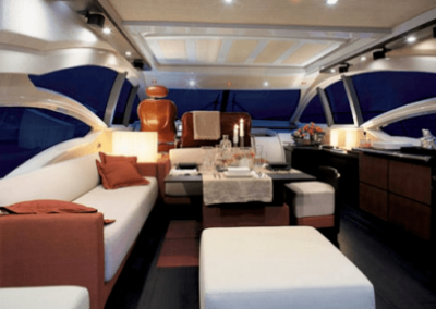 62 Azimut yacht salon dining