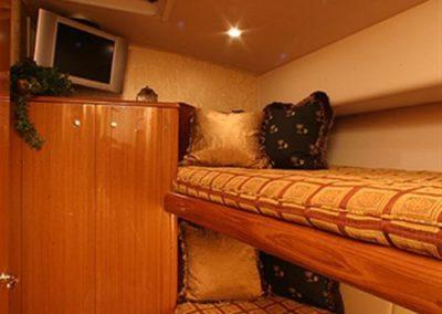 62 Viking sportfish yacht bunk beds cabin